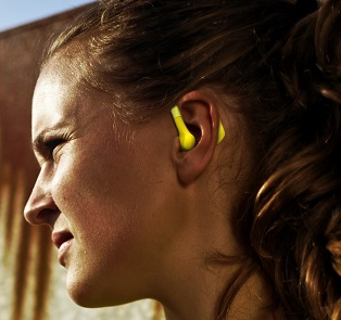 In ear heartrate monitoring with Cosinuss One