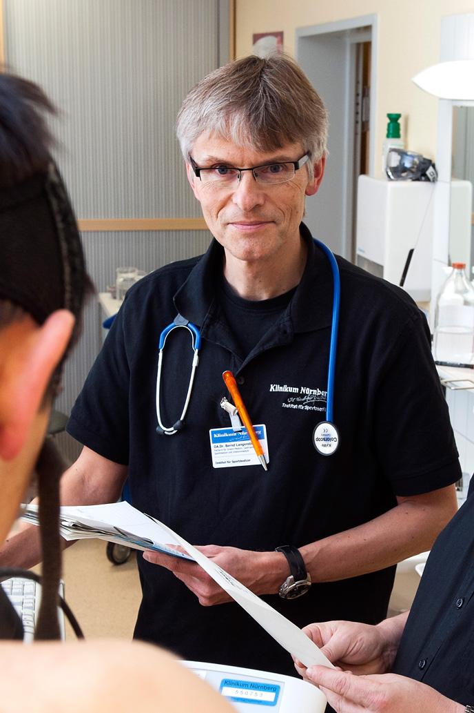 Dr. med. Bernd Langenstein am Klinikum Nürnberg im Interview zum cosinuss° One.